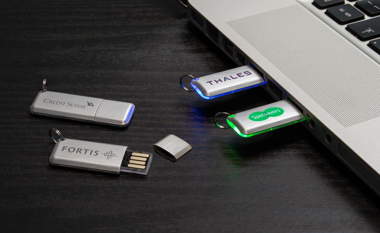 ハロー - USB 名入れ