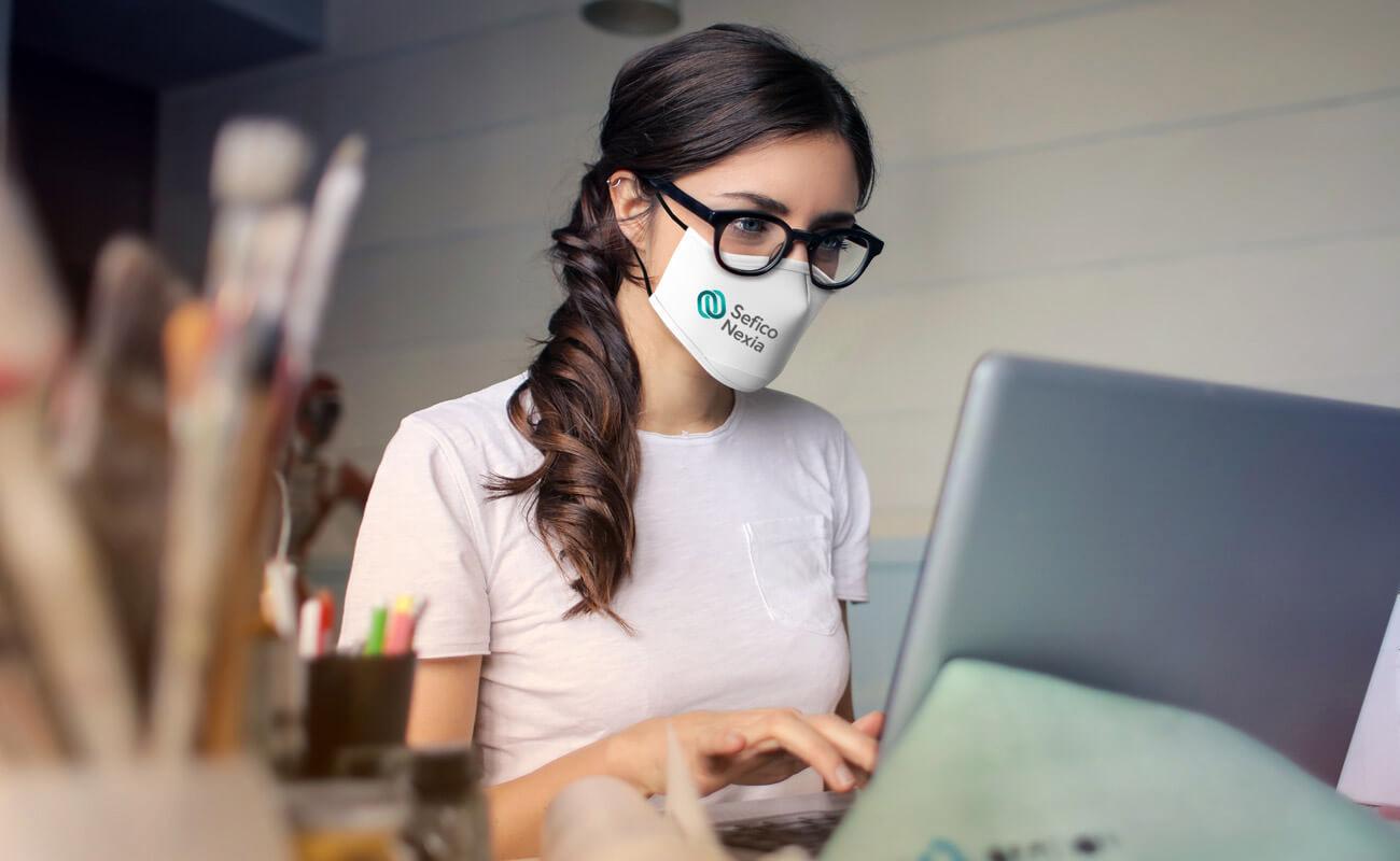 スカイ - 名入れフェイスマスク